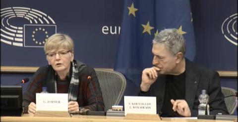 اعضای پارلمان اروپا خانم گابی چیمر و استلیوکولوگلو