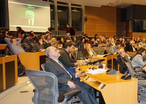 شرکت جولین آسانژ بنیانگذار  ویکیلیکس در جلسه از طریق فیسبوک