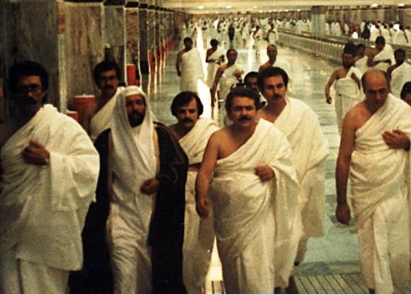 مسعود رجوی در حال افشای جنایات سعودیها علیه کارگران و زحمتکشان