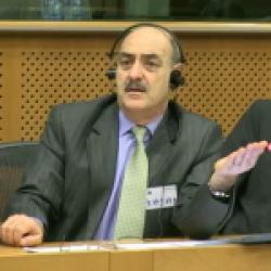 کنفرانس ضدتروریسم و فرقه ها